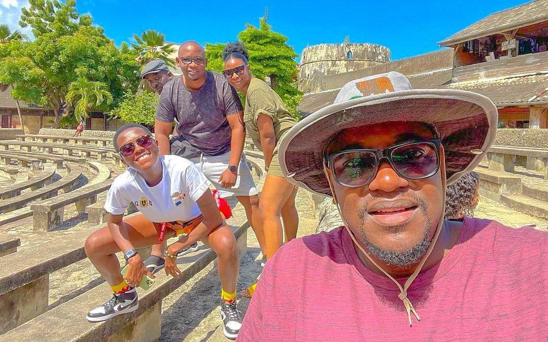 Trips to Zanzibar, chilling with Navy Kenzo, Mimi Mars – What is Azawi upto?