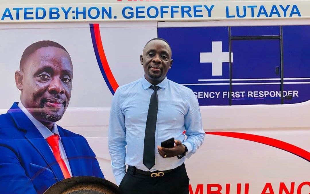 Geoffrey Lutaaya donates ambulance to Kakuuto constituency